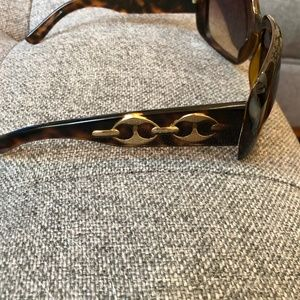 Gucci Accessories - Gucci 3062 Sunglasses
